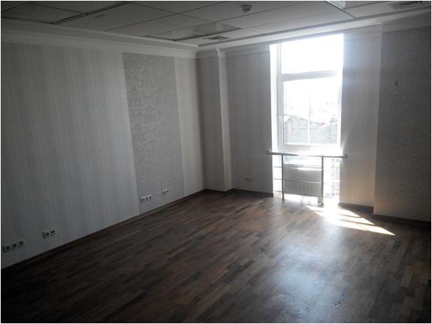 Нежитлове офісні приміщення загальною площею 1 972,0 м.кв. за адресою: м. Київ вул. О.Гончара 35 (6,7,8 поверхи)